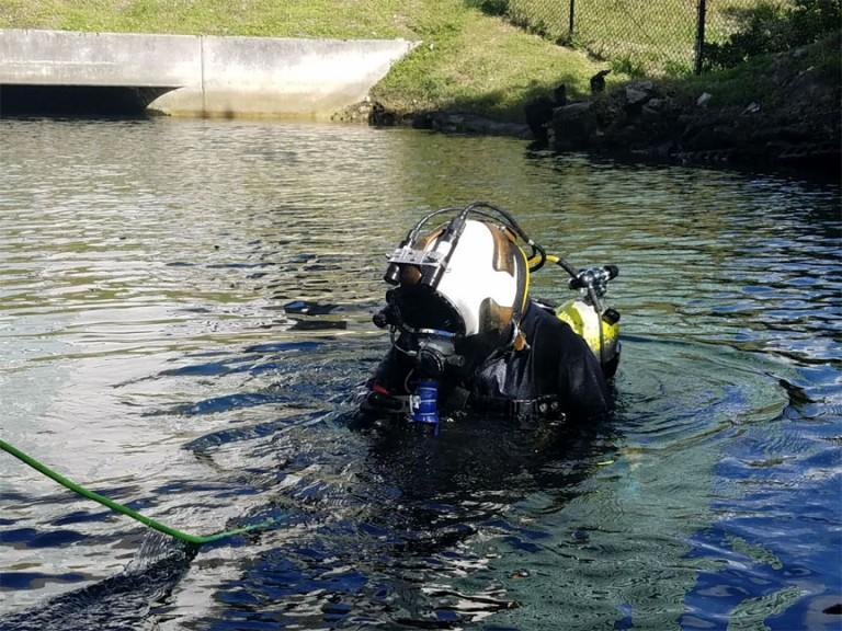 12-FL Turnpike_UW-bridge-inspection2
